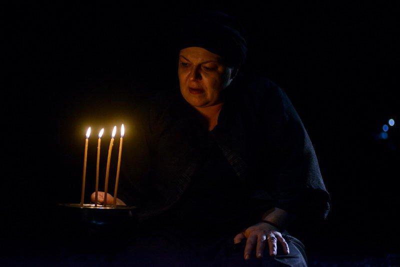 Αποτέλεσμα εικόνας για Η Κυρά της Ρω Φωτεινή Μπαξεβάνη στο θέατρο Εγνατία